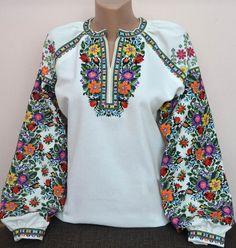 #вишиванка, жіноча вишивана блузка на домотканому полотні (Арт. 01722