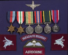 Dunbar Sloane / Militaria - / Militaria / Lot Militaria n\WWII Group of Six Medals in Display Case Parachute Regiment, War Medals, Display Case, Ribbons, Wwii, Mad, Stamps, The Past, Coins