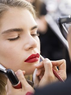 Red Lip Makeup: How To Get The Perfect Pout