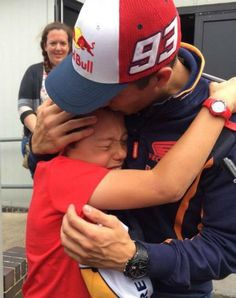 This isn´t over yet. #BritishGP and a special moment on @marcmarquez93´s blog: http://repsol.info/RCy7B  @HRC_MotoGP