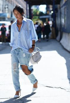 Spring 14 New York Fashion Week Street-Style Photos by Tommy Ton Street Style Outfits, Street Style Trends, Casual Outfits, Street Outfit, Denim Fashion, Look Fashion, Fashion Outfits, Womens Fashion, Fashion Trends