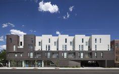 Construído pelo Meridian 105 Architecture na Denver, United States na data 2014. Imagens do Raul Garcia. O edifício de uso misto Tejon 35 tem suas raízes no bairro de moda LOHI, de Denver. A Rua Tejon é um importante corre...