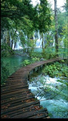 Great places on the planet to visit- Tolle Orte auf dem Planeten, die es zu besuchen gilt Great places on the planet to visit – - Water Aesthetic, Travel Aesthetic, Beautiful Places To Travel, Romantic Places, Natural Scenery, Nature Pictures, Nature Images, Beautiful Landscapes, Fantasy Art Landscapes