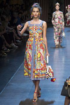 Dolce & Gabbana Spring 2016 Ready-to-Wear Fashion Show - Pauline Hoarau