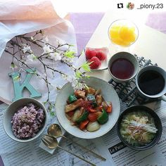 Its breafast time....a healthy start to the day... Reposted from piony  #picoftheday #repost #delish #breakfast #throwback #lazy #sunday #healthyfood #rise #tbt #TheBTeam #food #foodblogger #foodpic #foodgasm