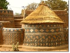 An earthen building in Burkina Faso -Moon to Moon: Unusual Homes from around the World....