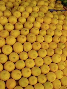 Grab a #blueprintjuice with all the goodness of lemons! http://blueprintjuice.com/yellow