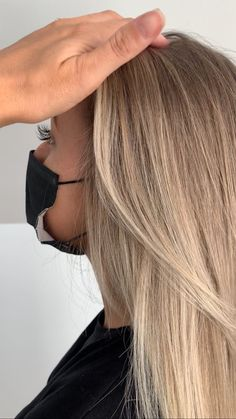 "BALAYAGE BOSS on Instagram: ""HOW TO GET THAT BOMB ASS MONEY PIECE $$$ @chloe__ralph   FIRST visually section out how fat you want it. Literally go in and decide exactly…"" Chloe, Boss, Fat, How To Get, Money, Long Hair Styles, Beauty, Instagram, Long Hair Hairdos"