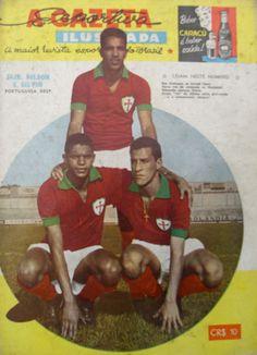 """Sílvio, """"Jair"""" Jair da Costa (Associação Portuguesa de Desportos, 1960–1962), and Nilson. A Gazeta Esportiva Ilustrada nº 187, June 1961."""