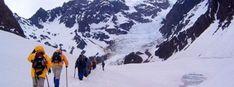 Carabineros logró rescatar a dos andinistas atrapados en el glaciar Juncal - Cooperativa.cl