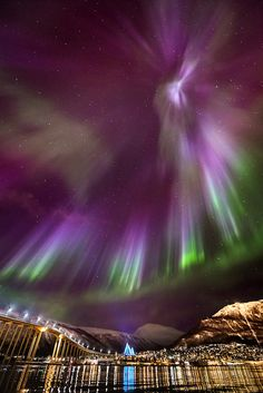 Galleryt of wonderful Nothern Lights photos!  ... ... My Beloved - v.2 | Arctic Light Photo Ole C. Salomonsen Photography