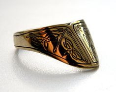 Archer's thumb ring found on etsy