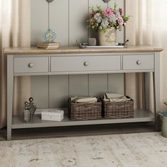 Beautiful Entry Table Decor Ideas to give some inspiration on updating your house or adding fresh and new furniture and decoration. Hallway Decorating, Entryway Decor, Entryway Tables, Entrance Table Decor, Large Console Table, Console Tables, Hallway Console, Hallway Furniture, Hallway Inspiration