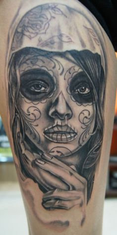 this muerte (day of the dead ) tattoo was made by Daus n Ambond tattoo from Jakarta, Indonesia…another great portrait