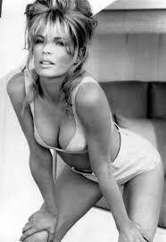 Notre sélection de photos chic et sexy de Kim Basinger. Our selection of chic and sexy pics of Kim Basinger. Kim Basinger, Beautiful Celebrities, Beautiful Actresses, Most Beautiful Women, Beautiful People, Gorgeous Girl, Dead Gorgeous, Hollywood, James Bond Girls
