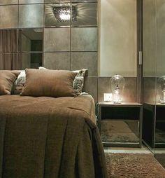 💡 Boa Noite Pessoal!!! Um charme está luminária... 😍 #officioearte #decor #decoracao #detalhes #details #design #designdeinteriores #decoration #style #furniture #home #homedecor #homedecoration #homedesign #homestyle #interiordesign #inspiration #inspiracao #arquitetura #architecture #instadesign #follow #luxo #luxury #designdecor #instadesign #instacool #instaword #instadecor #instadaily