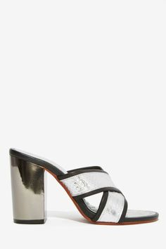 Shakuhachi Bar None Leather Mule | Shop Product at Nasty Gal!