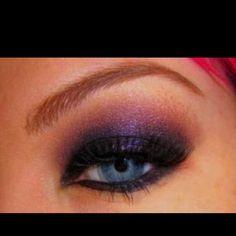 Love. This. Eyemakeup...