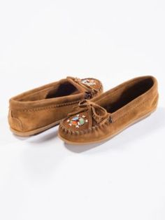 This mocs would go perfect with metowe style gear #Back2SchoolStyle