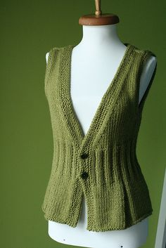 knitted waistcoat: The pattern is $ 9.00 but how awesomely cool/flattering is it!?!? I'm gonna knit it for myself!