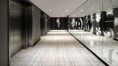 Interiordesign hotel Hyatt Regency Amsterdam. Designed by Rive Roshan. Printed by Van Iwaarden Artwork