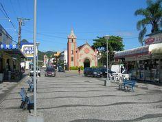 Matinhos, Paraná, Brasil - pop 32.148 (2014)