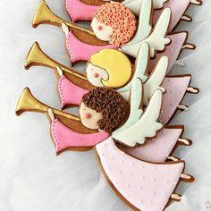 Os anjos anunciam que o Natal se aproxima 😇❤🌲#natal #nascimento #deJesus [📷 Foto lindos Biscoitos Decorados de Natal da @sweetopia_ ] Dia 10 de dezembro, a Gostosuras Confeitaria está preparando uma linda Oficina de Biscoitos Decorados de Natal.  Leve seu filho pra essa aventura pelo mundo da culinária.  VAGAS LIMITADAS  📲 83 98625-1943 (WhatsApp) ou gostosurasconfeitaria@outlook.com  #10dedezembro #sabado #joaopessoa #oficinadebiscoitos #biscoitosdecorados #natal #cookies #christmas