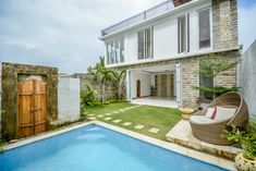 Reasons Why Bali Villas Investment Is Highly Profitable. Bali is one of the best tropical islands that provide fresh air for investors. Tropical Paradise, Investors, Villas, Oasis, Islands, Coastal, Fresh, Luxury, Outdoor Decor