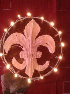 Szülinapi tortám. A Cserkészliliomot ábrázolja :)