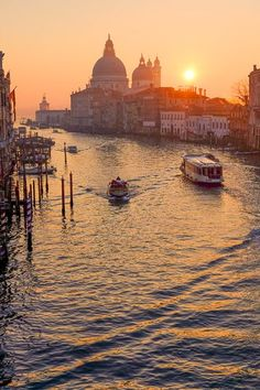 Sunrise over the grand canal, Venice...
