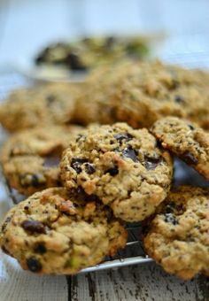 Trail mix cookies with dried blueberries, almonds, chia seeds and chocolate chips. #GF #dairyfree
