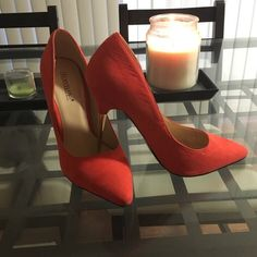 shoedazzle orange pumps with gold heel only worn once! size 6 Shoe Dazzle Shoes Heels