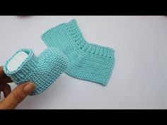 Knitted Booties, Baby Boots, Cool Suits, Fingerless Gloves, Arm Warmers, Crochet Baby, Pure Products, Make It Yourself, Wool