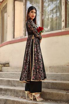 Indian Attire, Indian Wear, Pakistani Outfits, Indian Outfits, Diwali Outfits, Kurta Patterns, Fancy Gowns, Kurti Neck Designs, Indian Designer Wear