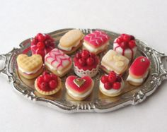 A Dozen Delicious Cherry Cakes tray not by MerciaMiniatures Miniture Food, Cake Tray, Pastry Art, Doll Food, Tiny Food, Cute Desserts, Mini Things, Cafe Food, Kakao