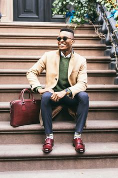 Business Casual Outfit Ideas For The Week Ahead - LLEGANCE Did you know productivity levels decrease at the office when we dress in a relaxed manner? I know the last thing you're after right now is delivering . Smart Casual Work Outfit, Smart Casual Men, Work Outfit Men, Work Outfits, Office Outfits, Casual Man, Trajes Business Casual, Business Casual Men, Business Attire