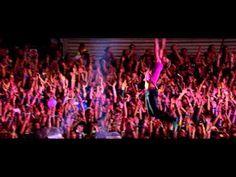 Coldplay - Fix You (Live 2012 from Paris)  Fantastische energyzer... ruim te gebruiken bv bij een congres, teamvergadering, mentorles