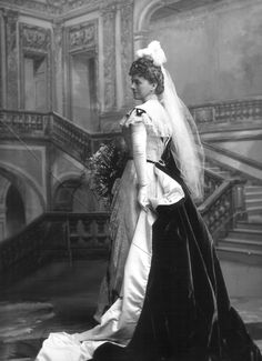 Lady Barbara Sidgreaves, 1899  Court Mourning  *train from one shoulder and caught around the waist*