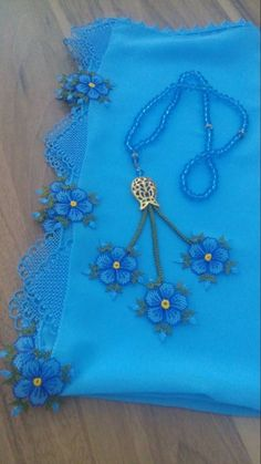 Designer Dresses, Tatting, Crochet Necklace, Projects To Try, Embroidery, Jewelry, Bullet, Lace, Crocheted Lace