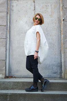 White Top, Linen Top, Linen Clothing, Summer Shirt, Plus Size Blouse, Loose Top, Women Blouse, Summer Fashion, Oversized Top, Linen Blouse Womens Linen Clothing, Oversized Blouse, Linen Blouse, Loose Tops, Body Size, Summer Shirts, Plus Size Blouses, White Tops, Blouses For Women