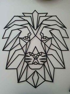 Creatief met ijsstokjes / Lifestyle   Fallon Blog Geometric Owl Tattoo, Geometric Drawing, Geometric Art, Logo Animal, Hand Lettering Alphabet, Tape Art, Mushroom Art, Butterfly Template, Modern Art Deco