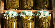 A zöldséges Évivel még június elején egyeztettük, hogy idén is szeretnék tőle2x10 kg uborkát savanyúnak. Tegnap telefonált, hogy gyönyörűek... Mason Jar Wine Glass, Chili, Tableware, Dinnerware, Chile, Tablewares, Chilis, Dishes, Place Settings