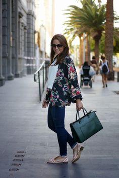 http://www.carolina-toledo.com/2014/09/love-kimonos.html