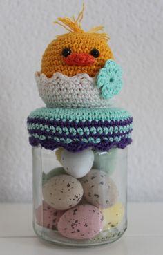 Hallo allemaal, Ik heb 3 nieuwe patroontjes ontworpen voor de Pasen, het Dekselse Paashaasje, Paaskuikentje en Hop potje. Om de kosten voo... Knit Or Crochet, Crochet Gifts, Crochet Baby, Easter Crochet Patterns, Amigurumi Patterns, Crochet Jar Covers, Loom Knitting Stitches, Crochet Kitchen, Crochet Accessories