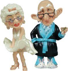 Cia dos Gifs: Idosos Cartoon Cartoon, Cartoon Quotes, Old People Cartoon, Funny Old People, Funny Picture Jokes, Funny Pictures, Funny Videos, Funny Day Quotes, Good Morning Hug