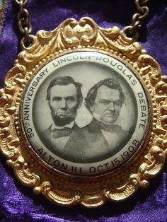 Handsome 50th Anniversary Abraham Lincoln/ Stephen Douglas Debate Jugate Badge With Ribbon - (c. 1908)