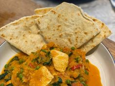Gordon Ramsay is getting everyone cooking and this time he's trying to do it with a delicious curry. This amazing recipe can be done in about minutes (or 10 minutes in Gordon Ramsay time) with minimal ingredients Butternut Squash Curry, Tv Chefs, Indian Food Recipes, Ethnic Recipes, Curry Dishes, Food Crush, Gordon Ramsay, Curry Recipes, Food To Make