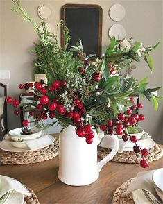 Are you searching for inspiration for farmhouse christmas tree? Check this out for cool farmhouse christmas tree pictures. This particular farmhouse christmas tree ideas seems to be completely brilliant. Diy Christmas Door Decorations, Christmas Table Settings, Farmhouse Christmas Decor, Holiday Decor, Seasonal Decor, Diy Christmas Floral Arrangements, Christmas Decor In Kitchen, Christmas Home Decorating, Table Centerpieces For Christmas