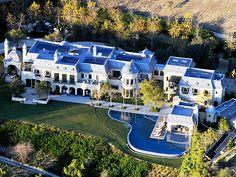 Tom Brady & Gisele Bündchen's New Home Has a Moat  Couples, Celeb Real Estate, Gisele Bundchen, Tom Brady