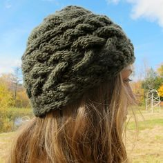 Manos Del Urauguay Wool Clasica Sideways Cable Hat (Free)